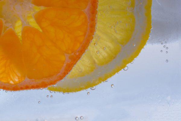 Vitamin C: Es gibt viele Früchte und sogar Gemüse mit mehr Vitamin C-Gehalt als die Zitrone!